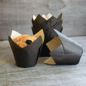 New: Elite Ecru Tulip 160 Black Tulip Baking Cup